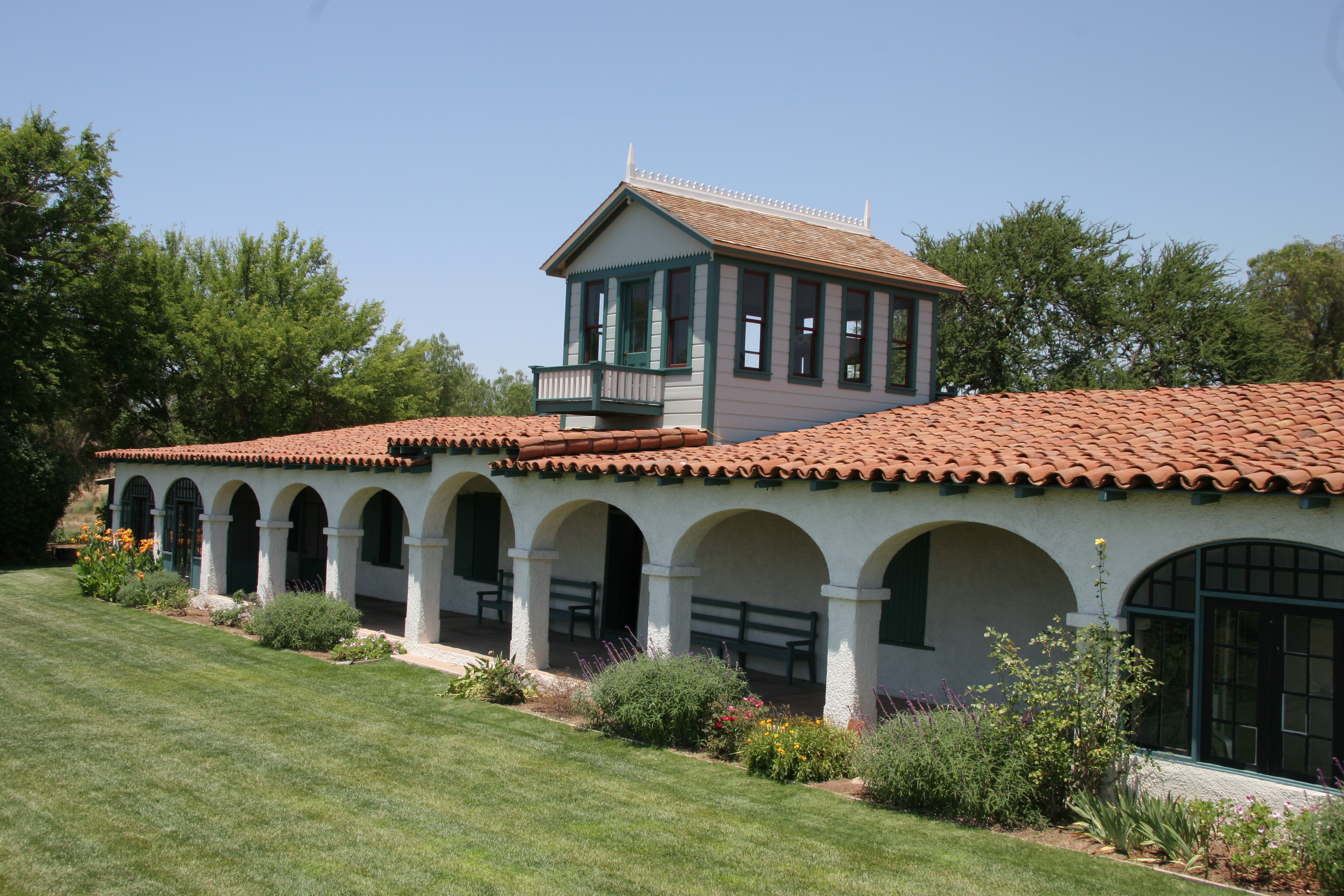 Historic Rancho Guajome Adobe And Guajome County Park