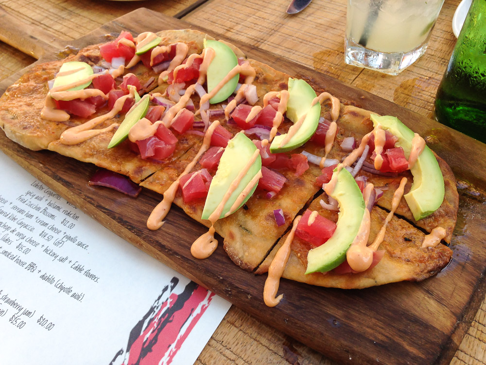 mola gastro bar tuna flatbread