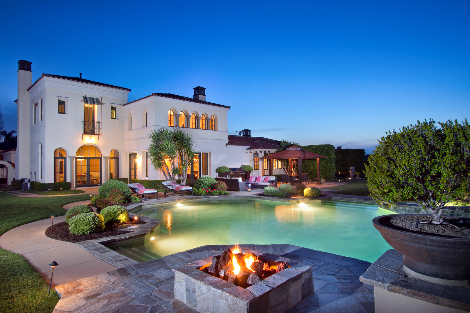 Top Real Estate Photographers in North County San Diego   YNC