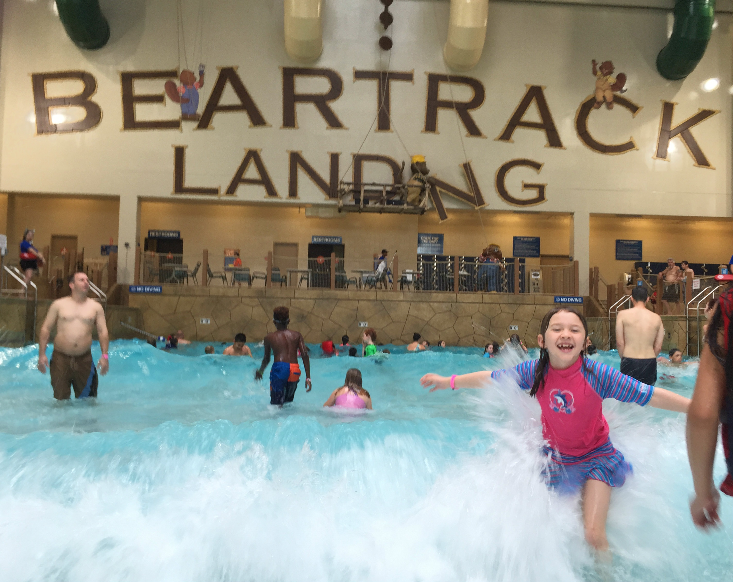 Great Wolf Lodge: A look Inside SoCal\'s Newest Theme Park | YNC