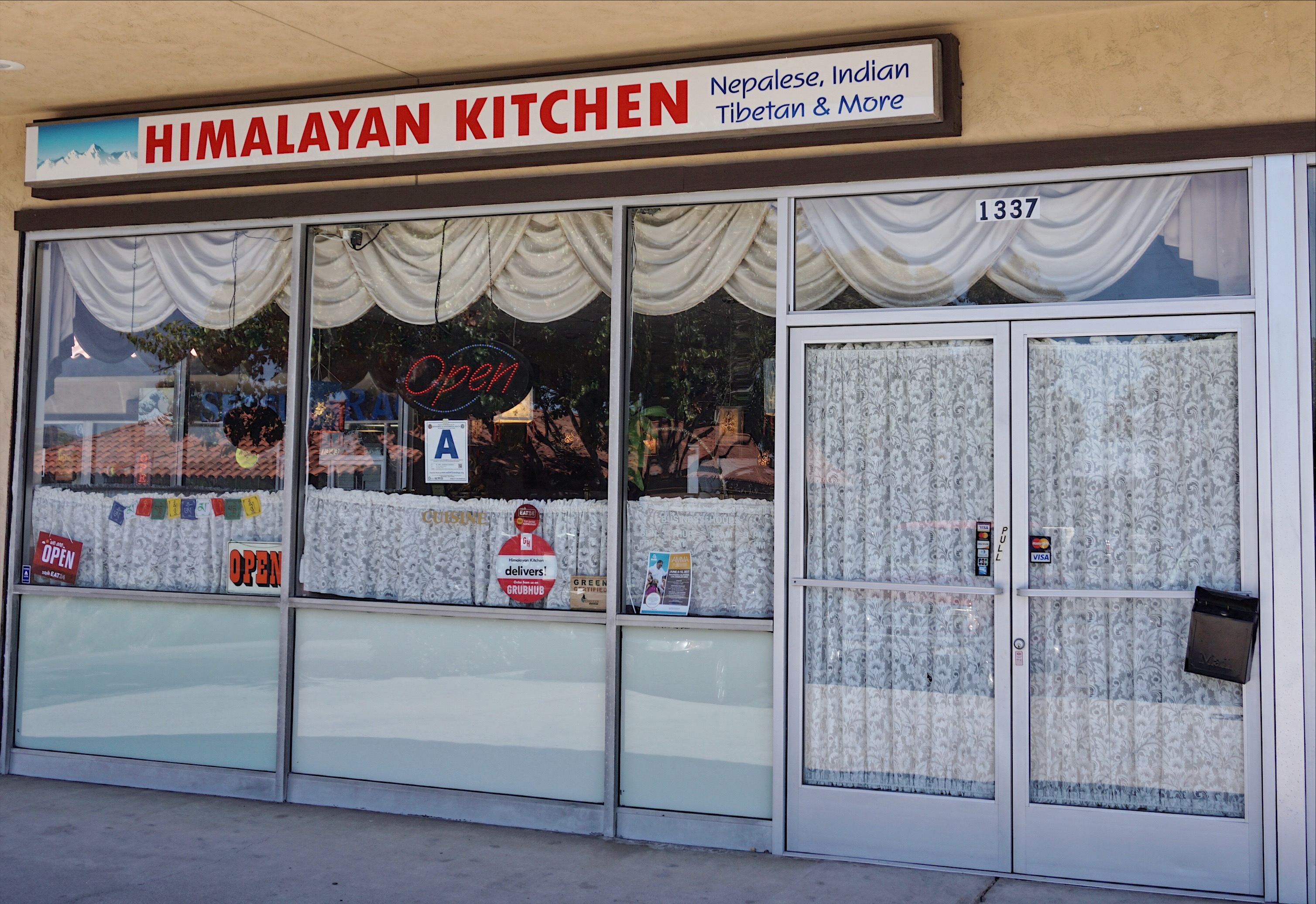 himalayan restaurant serving authentic nepalese food in encinitas